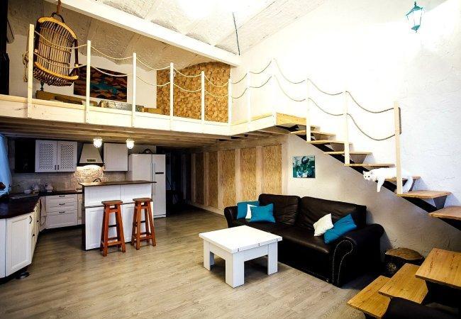 Ремонт двухэтажной комнаты СПб