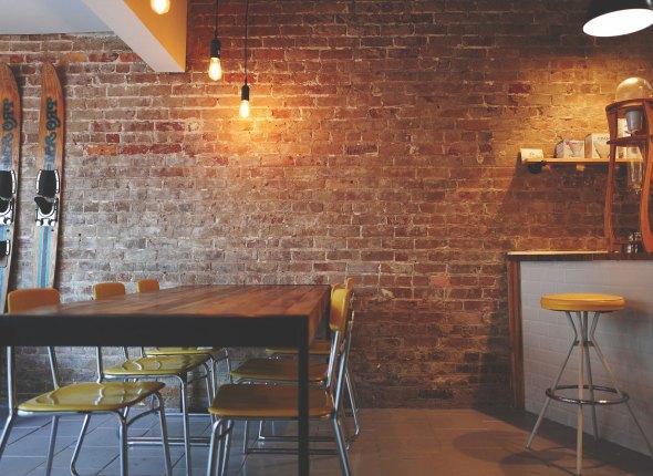 Ремонт кафе лофт с барной стойкой СПб