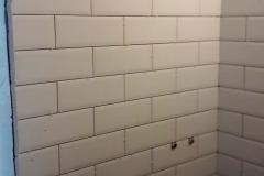Дизайнерский ремонт ванной, белоснежный кафель