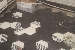 Дизайнерский ремонт ванной, шестигранная напольна плитка