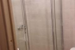 Ремонт ванной, совмещённой с туалетом, монтаж кафельного поддона, эконом