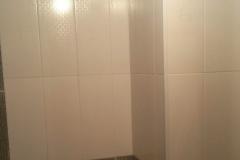 Ремонт ванной, укладка настенного кафеля, комфорт