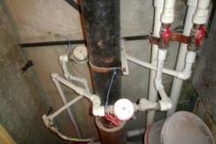 Примеры некачественного оформления сантехнических труб