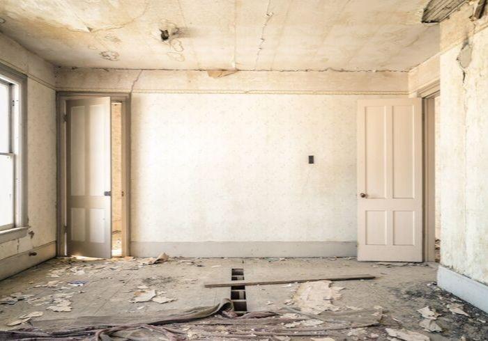 Обветшалаябез ремонта квартира