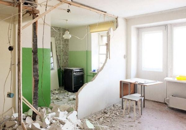 Демонтаж при перепланировке квартиры под ключ