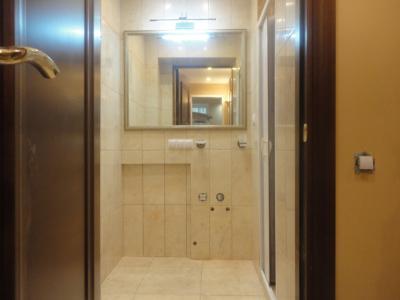 Дизайнерский ремонт ванной, настенная и напольная плитка