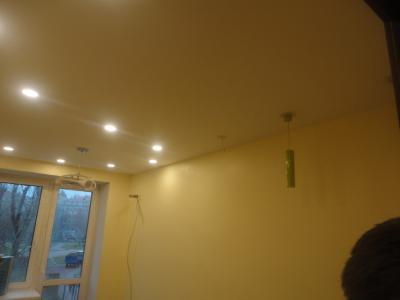 Дизайнерский ремонт спальни, проводка и подключение осветительных приборов