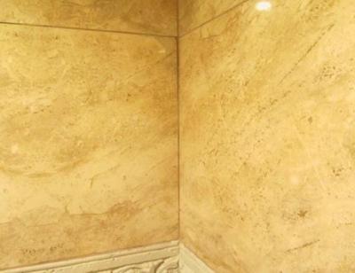 Некачественная укладка настенной плитки в ванной