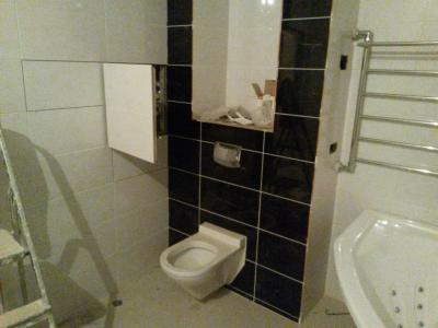 Ремонт совмещённой ванной комнаты под ключ, установка унитаза