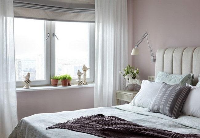 Нежный ремонт спальной комнаты в СПб
