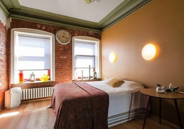 Спальня в стиле Лофт в 2 комнатной квартире в старом фонде