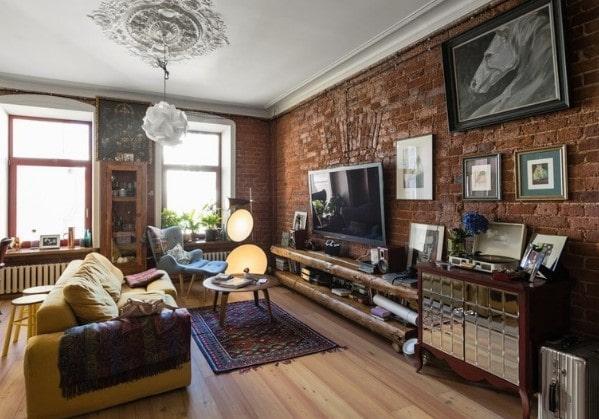 Лофт-гостиная в просторной двушке в старом фонде