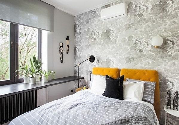 Спальня с фотообоями на одной стене