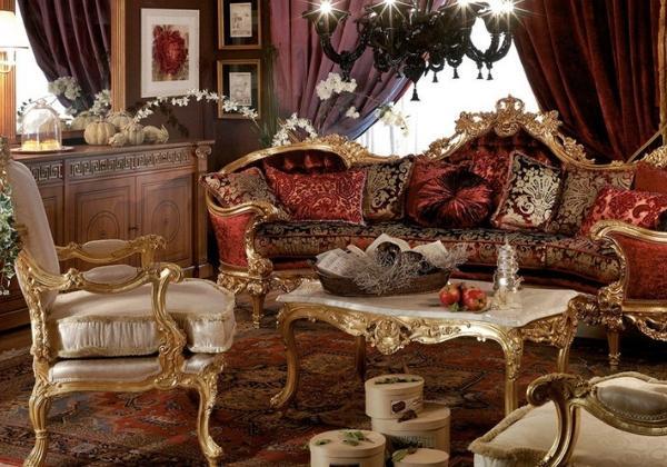 Небольшая комната отдыха в стиле Барокко, обилие бархата в текстиле, характерные резные и золочёные элементы