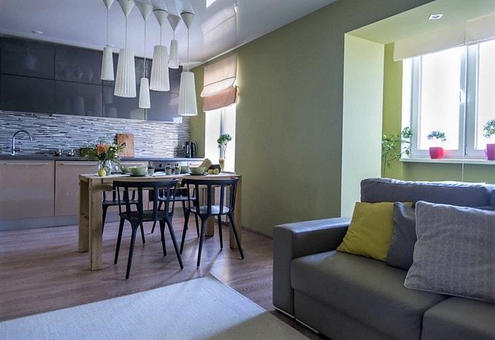 Перепланировка квартиры в Корабле, лоджию утеплили и присоединили к квартире, стену между кухней и гостиной снесли