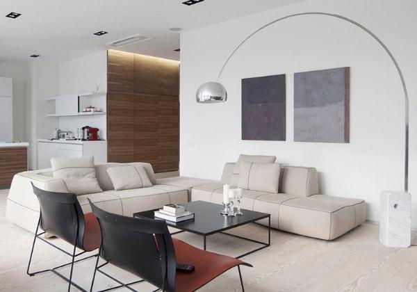 Светлый ремонт в стиле минимализм в квартире с объединёнными кухней и гостиной