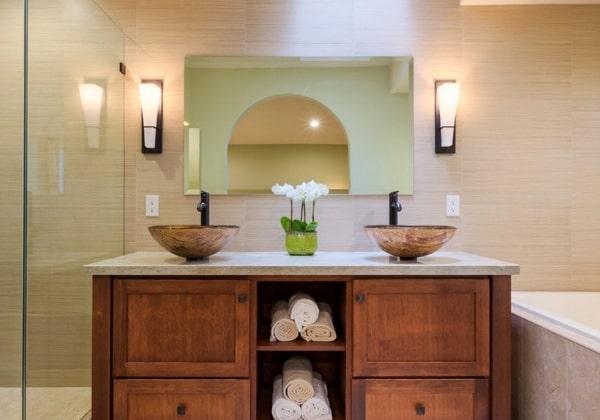 Ванная в Японском стиле - сдержанная и светлая, деревянная мебель, стилизованные раковины, порядок и минимализм
