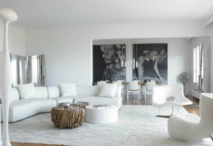 Современный монохромный интерьер в белом цвете