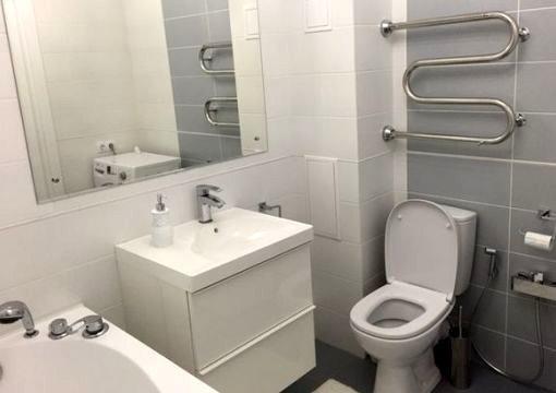Установка сантехники в совмещённую ванную комнату СПб