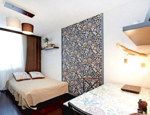 Виниловые и флизелиновые обои в комнате