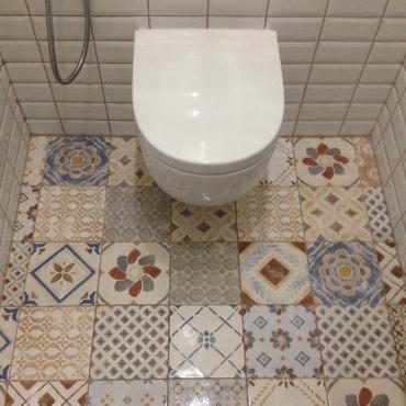 Замена напольной плитки в туалете